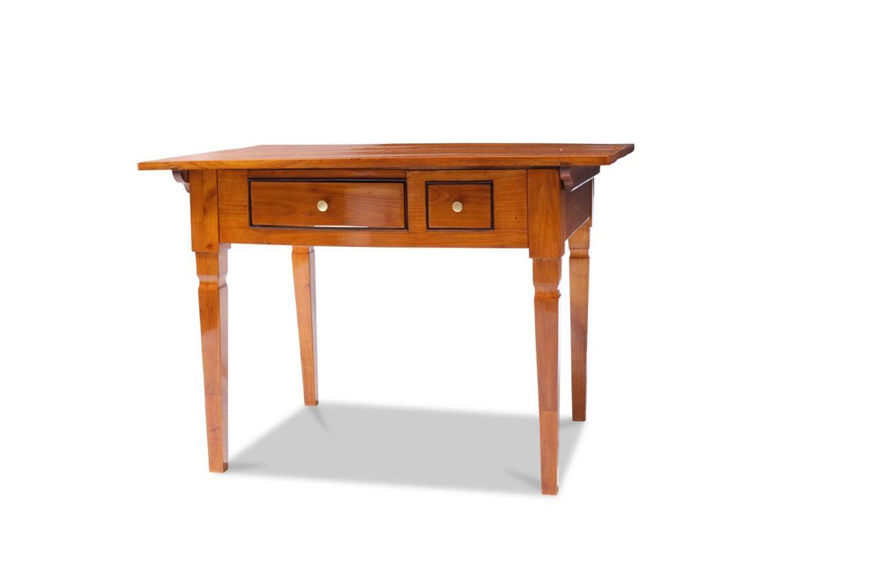 Tisch, Biedermeier um 1825/30 Bereich München Kirschbaum massiv Schellack handpoliert