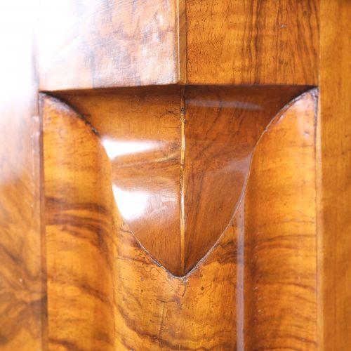 Nasenschrank Wellenschrank Barock original restauriert