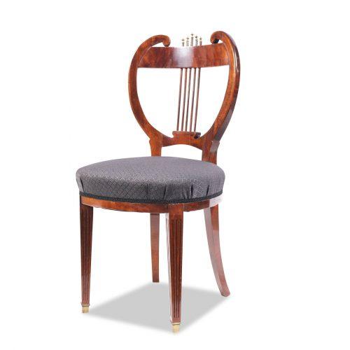 Satz von 8 Stühlen im Louis Seize Stil